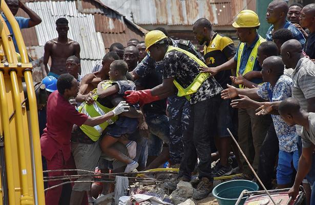 Asciende a 20 el número de muertos por derrumbe en Nigeria
