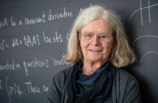 """Karen Uhlenbeck, primera mujer que gana el considerado """"Nobel"""" de matemáticas"""