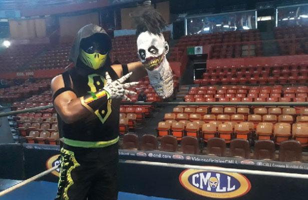 Yago promete destruir a los luchadores técnicos