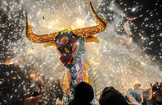 Inicia Feria Internacional de la Pirotecnia en Tultepec