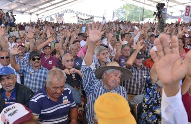 Califican de inaceptable la agresión a gobernadores en actos públicos de AMLO