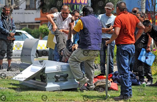 Muere indigente y va directo al ataúd en Pantitlán