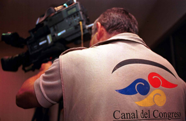 Exige Kenia López no desparecer el Canal del Congreso de la Ciudad de México