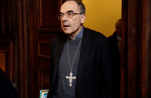 Condenan a cardenal Barbarin por ocultar abusos sexuales contra menores