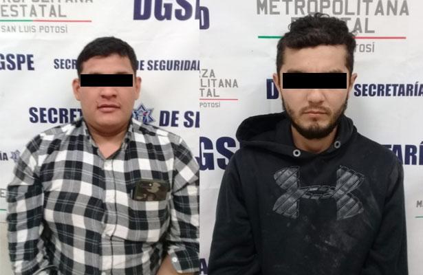 Enfrentamiento entre presuntos policías en SLP deja dos detenidos