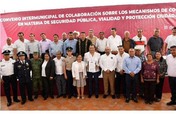 Ediles de Valles Centrales se unen por la seguridad en Oaxaca
