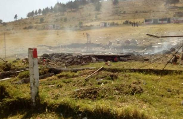 Explosión de polvorín deja un muerto en Almoloya de Juárez