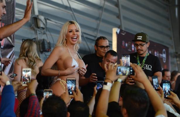 Así se vivió el primer dia de la Expo Sexo y Erotismo 2019