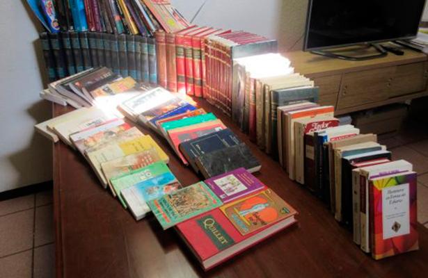 """""""Invitan a donar libros para internas"""" en BCS"""