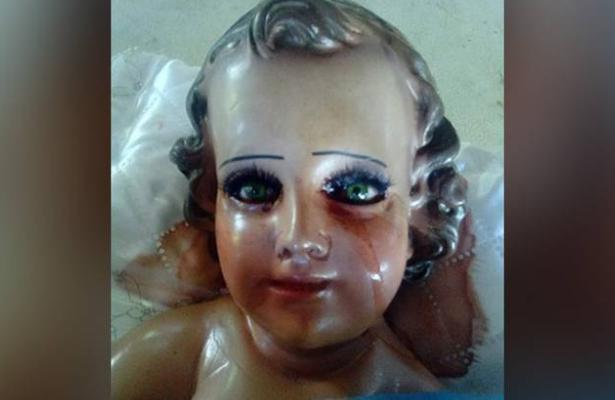 Sorprende Figura De Niño Dios Que Llora Sangre