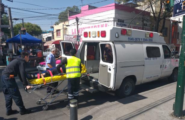 Dos personas se accidentaron al interior del Metro