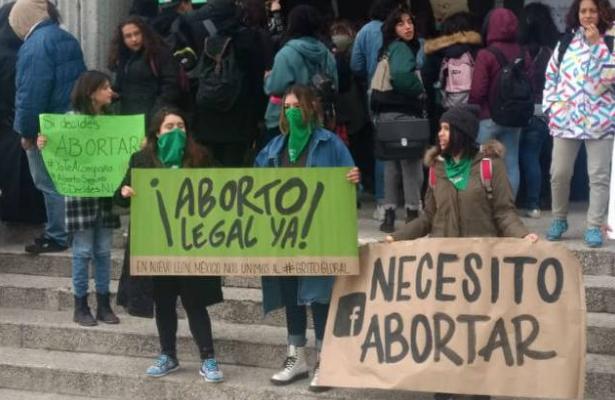 Congreso penaliza aborto en Nuevo León