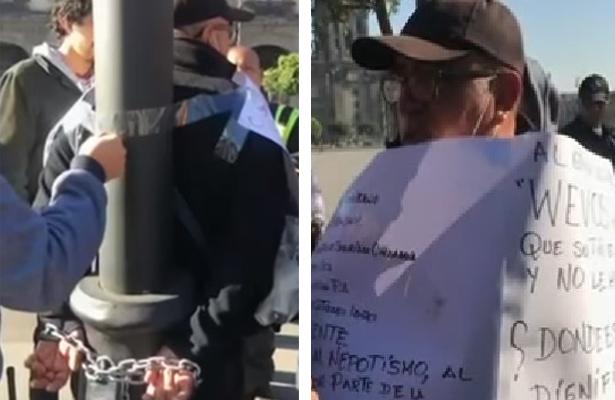 Policía auxiliar se encadena en el Zócalo capitalino