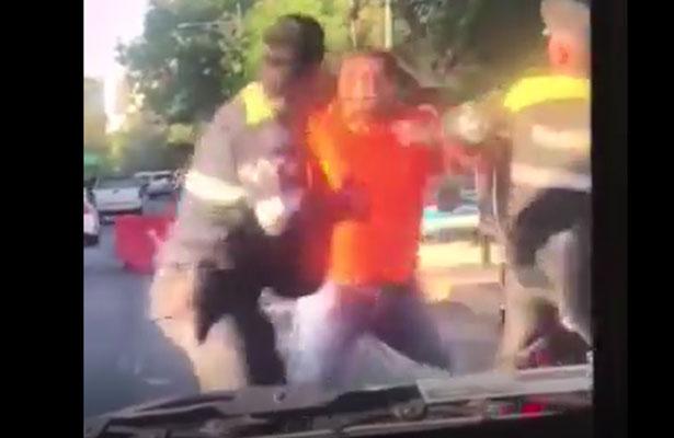 Policías de tránsito mañosos agreden a ciudadano [VIDEO]