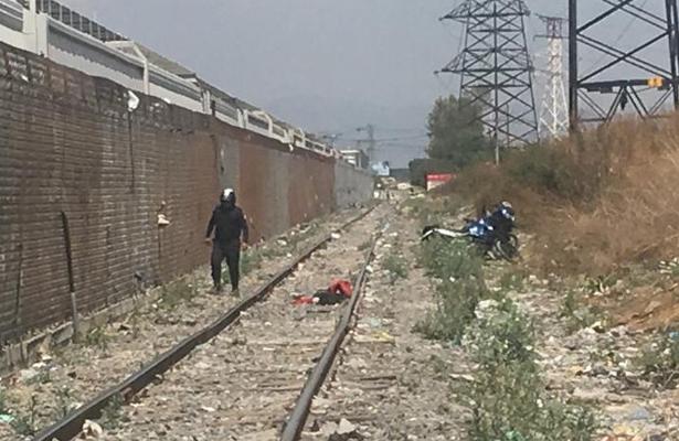 Muere arrollado por el tren en Nezahualcóyotl