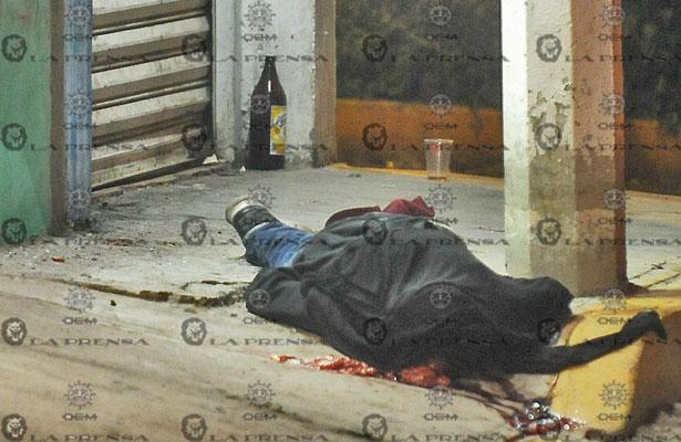 A sangre fría asesinan a sujeto en Tláhuac
