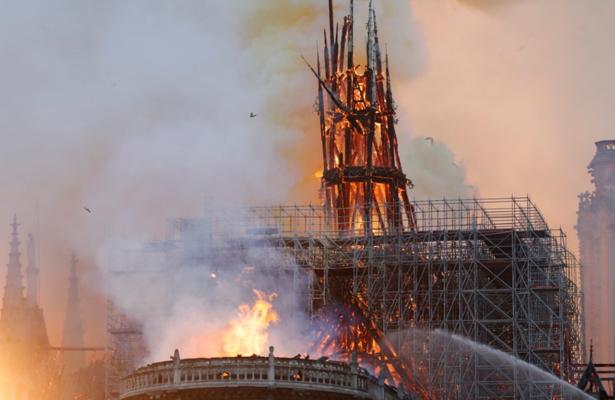 Se incendia la Catedral de Notre Dame [VIDEO]
