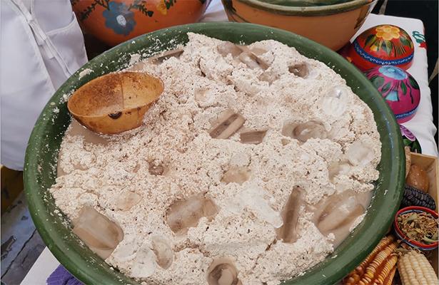 Arranco la tradicional feria del téjate en San Andrés Huayuapan