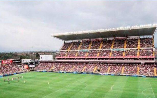 Suspenden partido de futbol en Costa Rica por amenaza de explosivos
