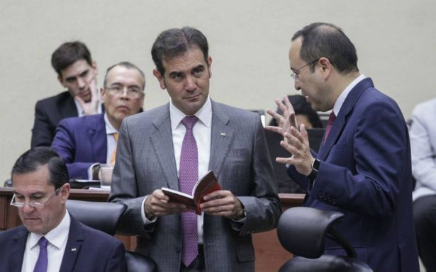 En lugar de ver caer a la democracia, hay que fortalecerla: Lorenzo Córdova