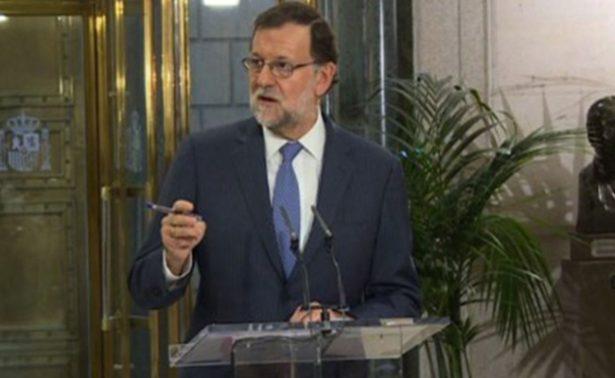 Pide Rajoy a Puigdemont aclarar si mantiene declaración de independencia
