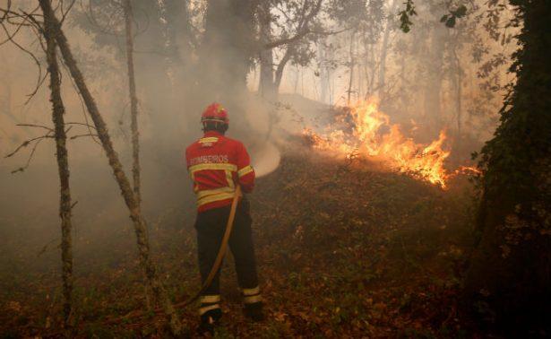 SRE activa teléfonos de emergencia para connacionales por incendio en Portugal