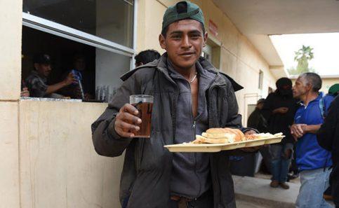 Encuentran esperanza a su paso por Mexicali