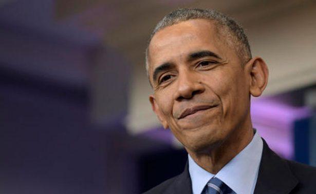 Obama regresa a la escena pública con charla para universitarios