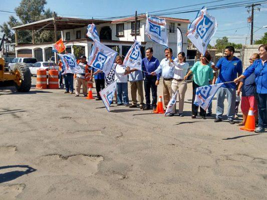 Arranca Gina Cruz obra de pavimentación en Palaco