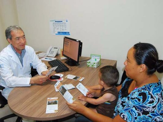 Reactivan servicios en centros de salud