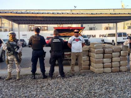 Decomisan en operativo marihuana en La Rosita
