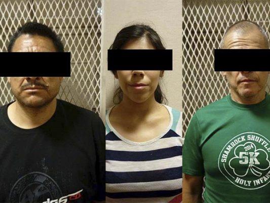 Una mujer y dos hombres se paseaban en auto robado