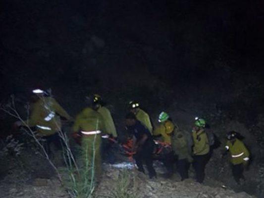 Rescatan a dos migrantes heridos
