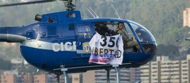 """Maduro condena """"ataque terrorista"""" desde helicóptero hacía ministerio y el TSJ"""
