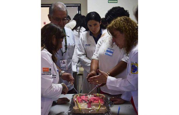 Refuerza Gobierno del Estado capacitación en técnica quirúrgica para evitar hemorragias obstétricas