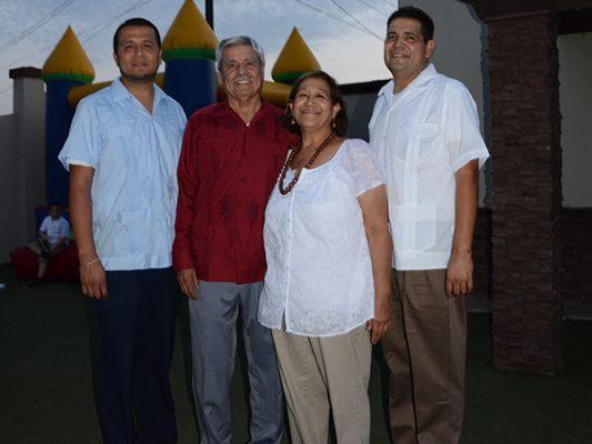 Felicitan a Crispín Ortega