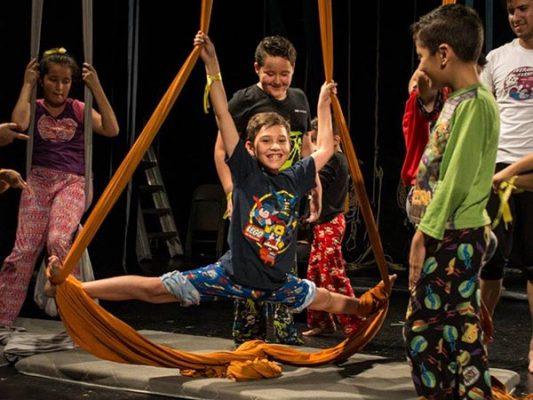 Niños fortalecen su talento cultural en el Crea