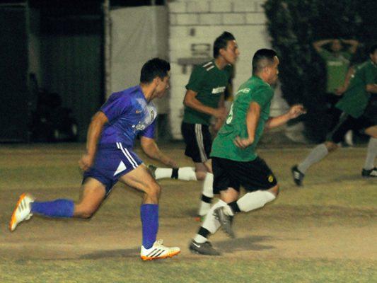 Metro IMSS y Banorte en Semis de torneo Bancali