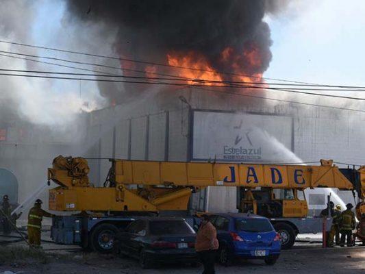 Procuraduría ambiental inspeccionará empresa quemada en Mexicali