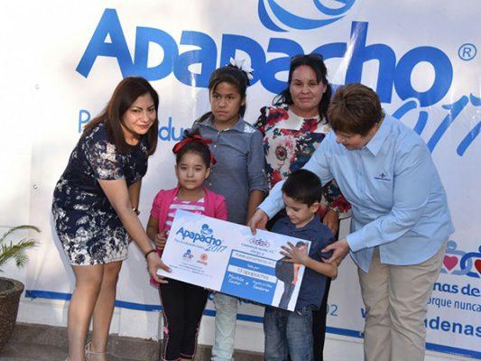 Entrega Cadenas de Ayuda Apapachos por la educación