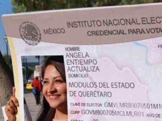 Invita INE a jóvenes a solicitar su credencial de elector