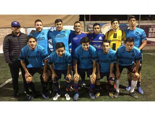 Bugambilias y Ramírez Team en Final de La Canchita