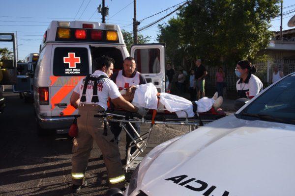 Tremenda colisión en la Nacozari deja 8 heridos