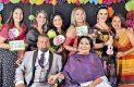 Dorina Ruiz, Marisela Jasso, Adriana Onche, Jannette Grijalva, Raquel Batiz y Anilú Bonillas con los esposos.