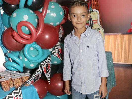 Iván André Romero Pérezrul disfrutó alegre fiesta.