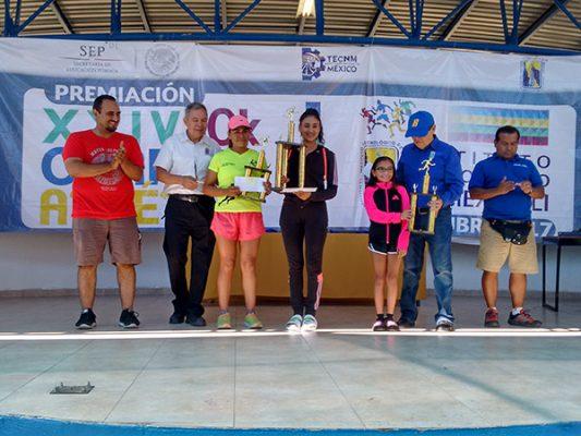 Leonardo Castañeda y Ana Mendoza son los ganadores de la carrera del ITM