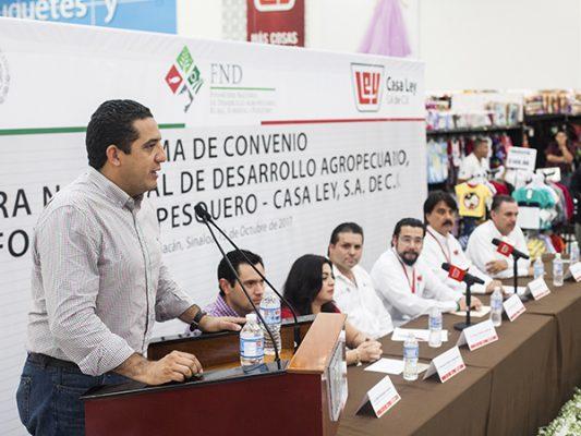 Firman convenio de colaboración Casa Ley y Financiera Rural