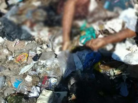 Tiran cadáver a la basura