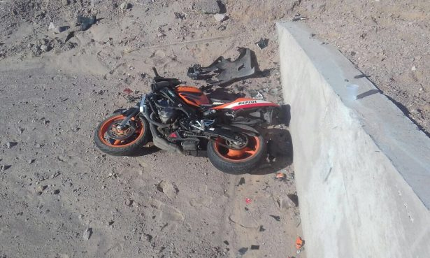 "Localizan a ""Biker"" tirado a un lado del camino a San Felipe"