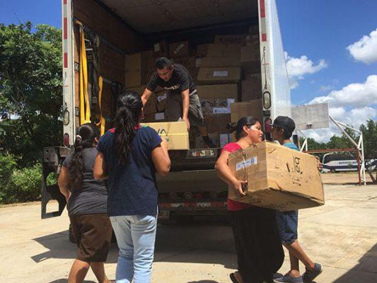 #UNIRED: Arriba primer tracto camión con ayuda a Oaxaca